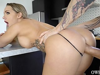 Cali Carter rides male pole and tantalizing giving head and ball suck