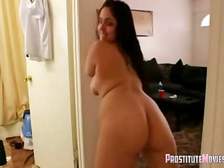 Horny chubby brunette girlfriend likes handjob