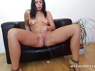 Julia Parker Home Made Pissing Porno