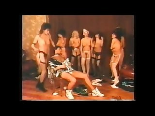 Bounce Party, a striptease remix - Fetish vintage movie with busty babes