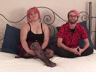 Chubby amateur provides real cam sex with her boyfriend