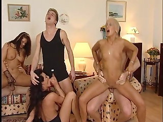 The swinging 80s, Deutsche Retro Gruppensex Party
